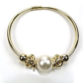 Pulseira Bracelete Com Pérola Dourado E Pingentes