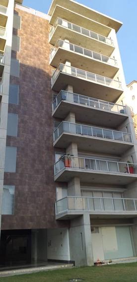 Apartamento / La Arboleda / Ovidio Gonzalez / 04163418694