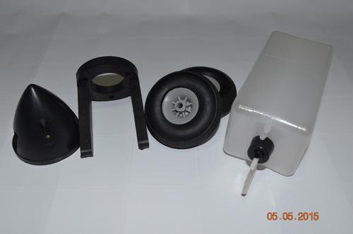 Imagem 1 de 2 de Combo Tanque+spinner+montante+ 3 Rodas Aeromodelo .40/ .55