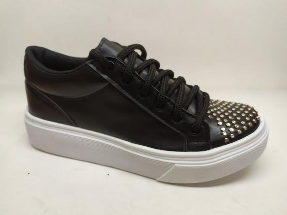 Zapatilla Sneakers Con Tachas Invierno 2020