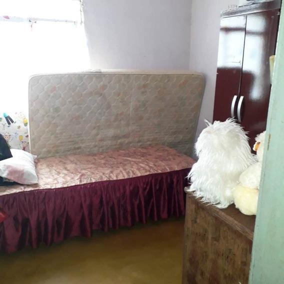 Casa Com 3 Quartos Para Comprar No São Geraldo Em Ponte Nova/mg - 4332