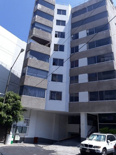En Calle Cerrada A 2 Cuadras De Plaza Coyoacan