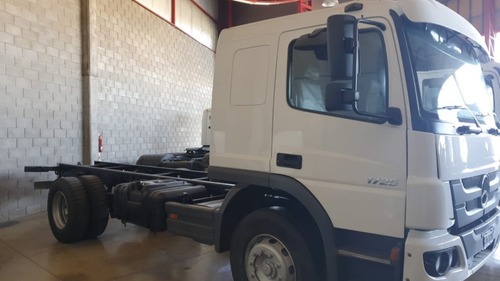 Mercedes Benz Atego 1725 2013 4x2 Chasis Largo C/d