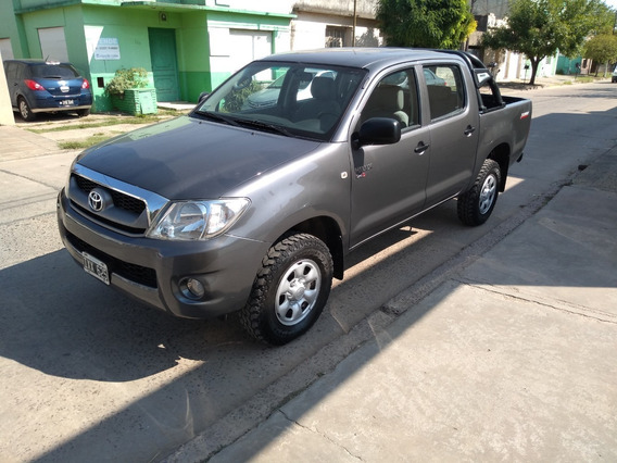 [lob] Toyota - Hilux 4x2 Cd Dx Pack Mt 2.5 Tdi 2010