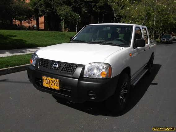 Nissan Frontier Doble Cabina 2.4 4x2