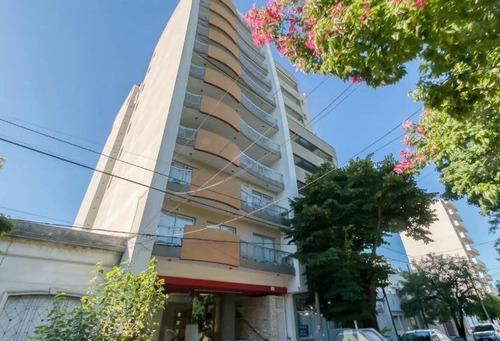Imagen 1 de 28 de Departamento Venta 2 Dormitorios, 3 Baños Y Cochera-quincho Y Parrilla -145 Mts 2 Totales - La Plata