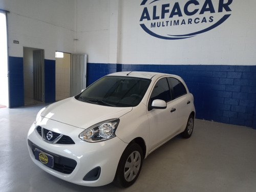 Nissan March 2015 1.0 12v S 5p