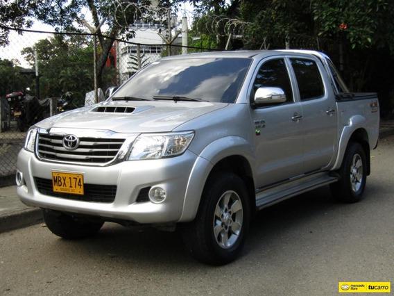 Toyota Hilux Srv 3000 Cc At 4x4 Td