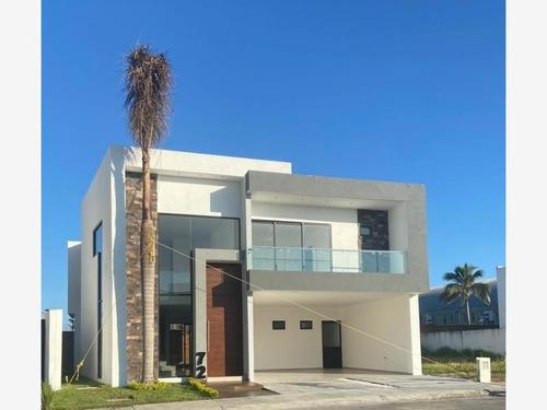 Imagen 1 de 8 de Casa Sola En Venta Punta Tiburón, Residencial, Marina Y Golf