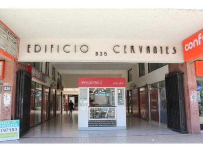 Amplio Local Comercial Plaza Talca