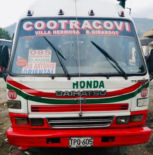 Micro-bus 2005 19 Pas- S.publico  Daihatsu Superdelta(larga)