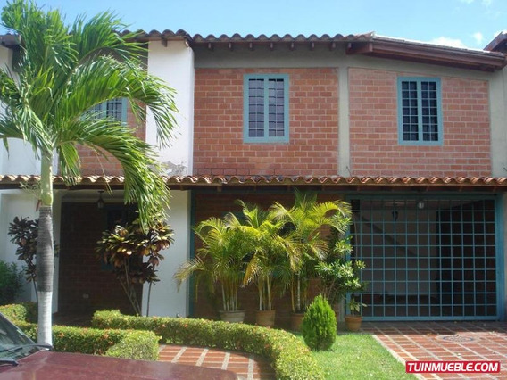 Cm 18-1949 Casas En Venta Urb. Casa Linda. Castillejo G