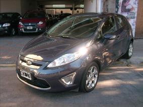 Ford Fiesta Kinetic Design 1.6 5 Ptas Titanium 2013 Gris