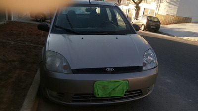 Ford Fiesta Sedan 1.6 Flex 4p 2005