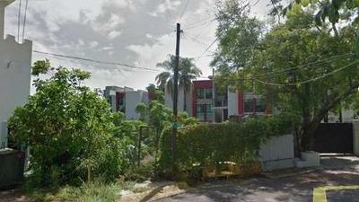 Terreno En Venta En Col. Universitaria, Zapopan Jalisco.