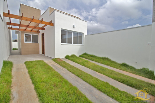 Casa No Bairro Flora Rica Ii Em Peruíbe - 4684