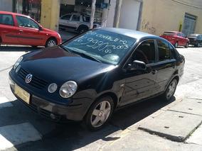 Volkswagen Polo Sedan 2.0 4p 2003 $16990,00 Ótimo Estado