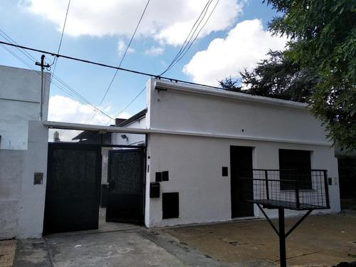 Ph Venta 2 Dormitorios 1 Baño 1 Lavadero 1 Patio Y Parrilla 114 Mts 2 Totales - La Plata