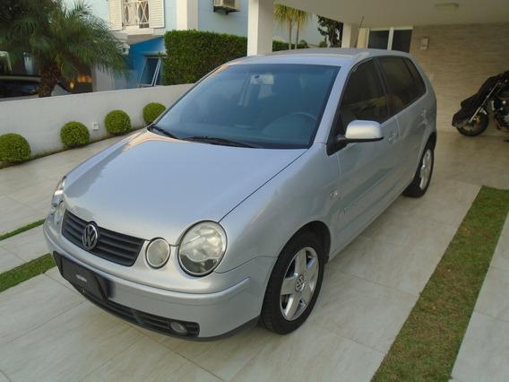 Volkswagem Polo 1.6 Prata Ano 2005 Hacth 127.000km Completo