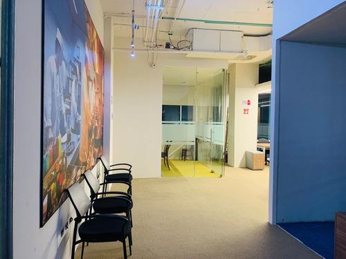Imagen 1 de 14 de Hermosa Oficina De Lujo Amueblada En Edificio Azuna