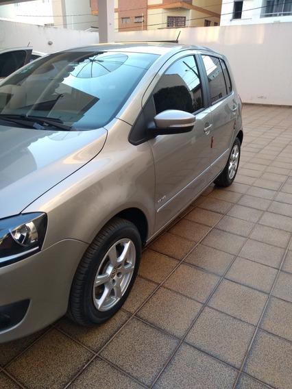 Volkswagen Fox 1.6 Vht Prime Total Flex 5p 2013