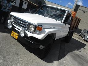 Toyota Land Cruiser Estacas 4.500cc 2006