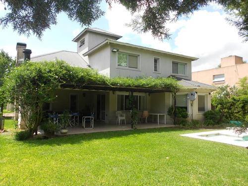 Imagen 1 de 1 de Casa En Alquiler :: 5 Ambientes :: Altos Del Sol 290m2 Const