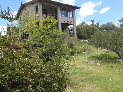 Dos Casas Con Vista Al Cerro Uritorco
