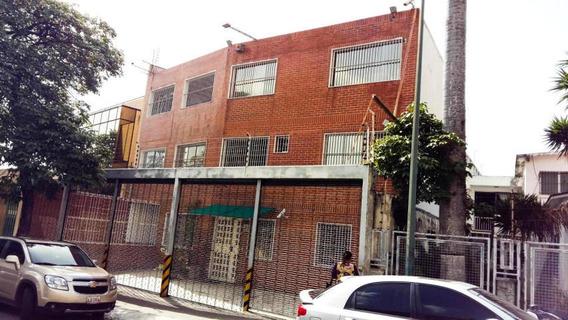 Venta De Galpon En Los Chaguaramos/ Código 20-2261/ Edgar I