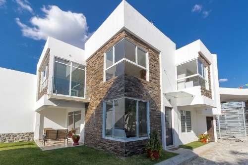Hermosa Priv. De Solo 8 Casas Con Acabados De Lujo
