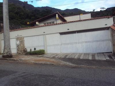 Bella Y Lujosa Casa En El Castaño. Jg. Flex: 18-4301