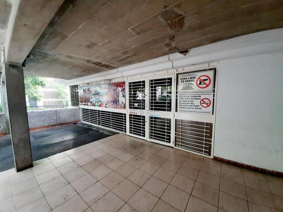 Apartamentos En Venta 20-21808 Astrid Castillo 04143448628