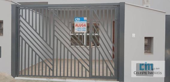 Sobrado Com 2 Dormitórios Para Alugar, 50 M² Por R$ 900,00/mês - Centro - Iperó/sp - So0085