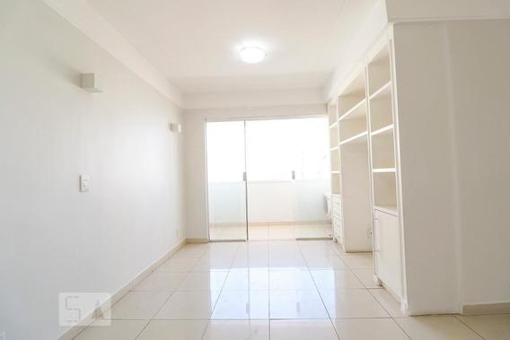 Apartamento No 12º Andar Com 2 Dormitórios E 1 Garagem - Id: 892950298 - 250298
