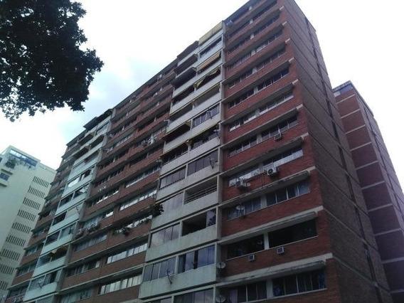 Apartamento En Venta Mls #19-14605