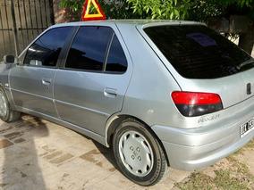 Peugeot 306 1.8 Boreal Aa 2000