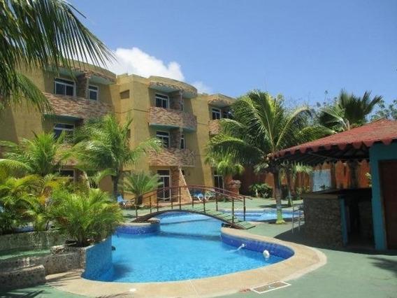 Excelente Hotel En Playa El Agua Con Vista Al Mar. 20-3543