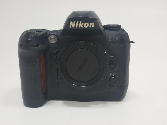 Câmera Nikon D100