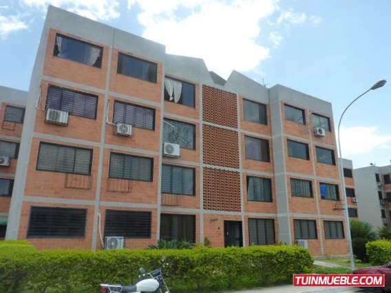 Apartamento En Venta Parque Coropo 19-5891 Linares Alcántara