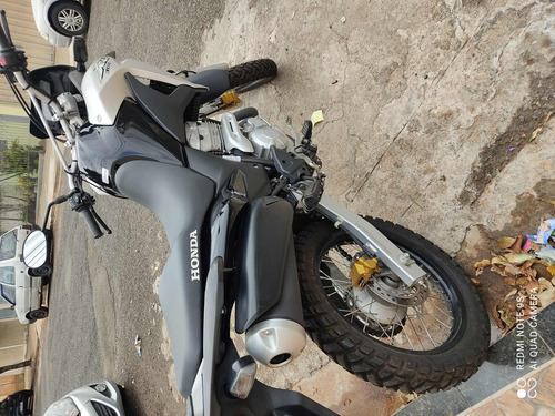 Honda Xre-300