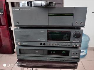 Sistema De Audio Mitsubishi Vintage Con Detalle.