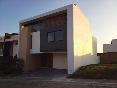 Casa Nueva De 4 Recámaras En Lomas De Angelópolis