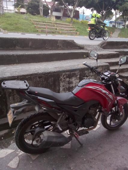 Moto Akt 180 Cr5