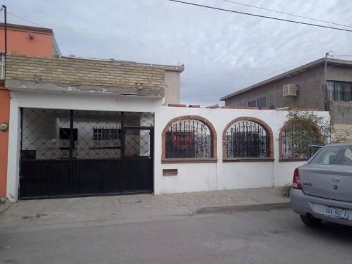 Casa En Venta En Fracc Villa Jardin, Lerdo