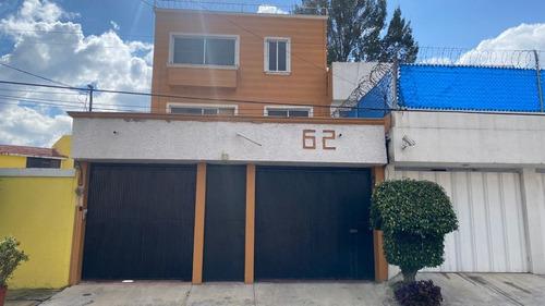 Imagen 1 de 14 de Hermosa Casa En Venta Calle Diego Nava
