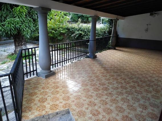 Acogedora Quinta En Venta, July Simons 04121332410