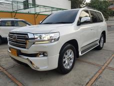 2017 Toyota Sahara Motor 4.5 Blanco 5 Puertas