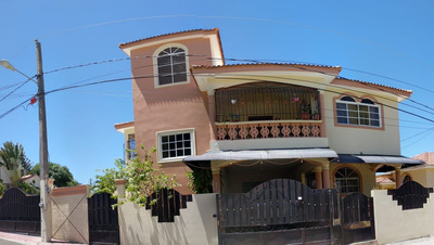 Casa Amueblada En Renta En Las Caobas, Pto. Pta. 8002