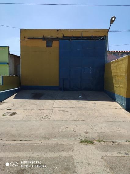 Galpón En Tierradentro, Calle Valdez Frente Los Bomberos