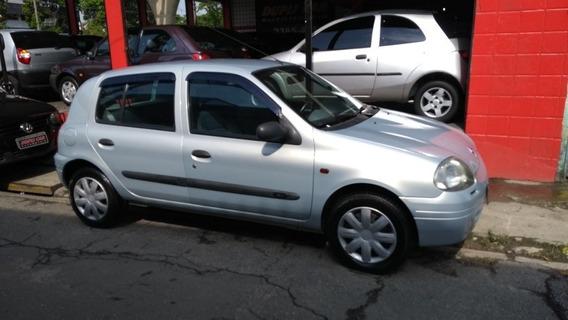 Renault Clio 1.0 16v Rn 5p 2002